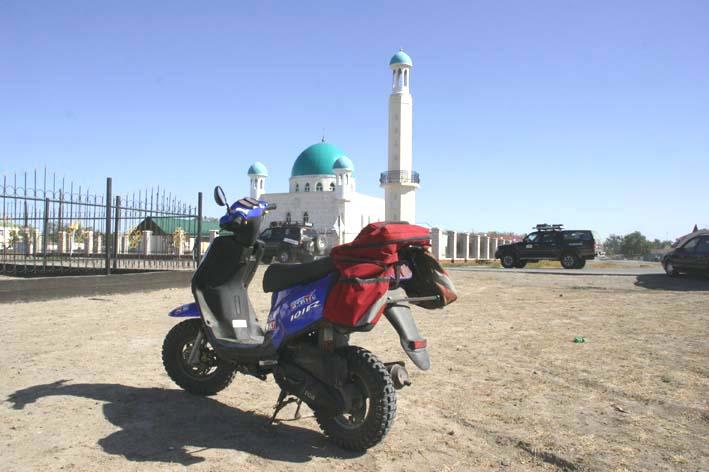 мотоцикл в пустыне